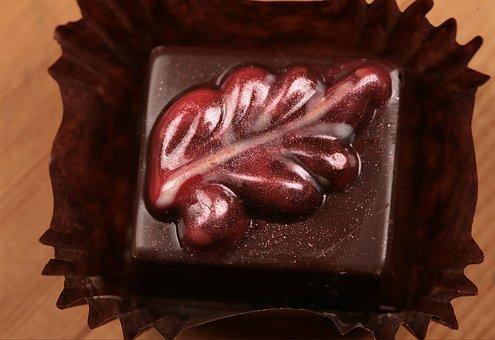 Praline, Chocolates, Sweet, Candy, Dessert, Delicious