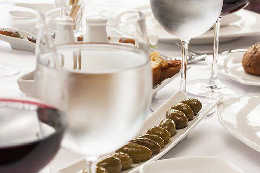 Food, Tableware, Table, Restaurant, Water, A Toast