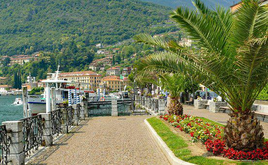 Italy, Lake Como, Menaggio, Promenade, Holiday