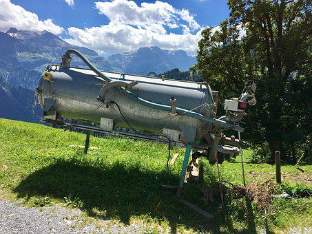 Guellentank, Mountain Farm, Alpine, Glarus, Alm, Farm