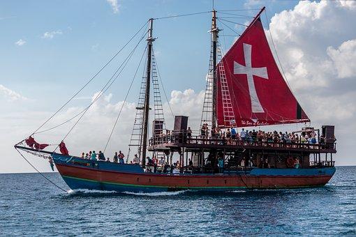 Black Pearl Cruise Ship, Barbados, Atlantic Ocean