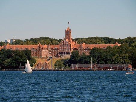 Naval School, Flensburg, Officer Training, Mecklenburg