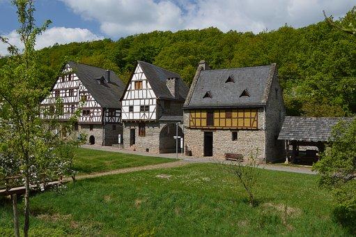 Fachwerkhäuser, Historically, Fachwerkhaus