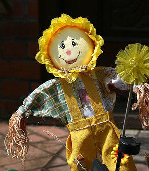 Scarecrow, Cabbage Patch Doll, Summer