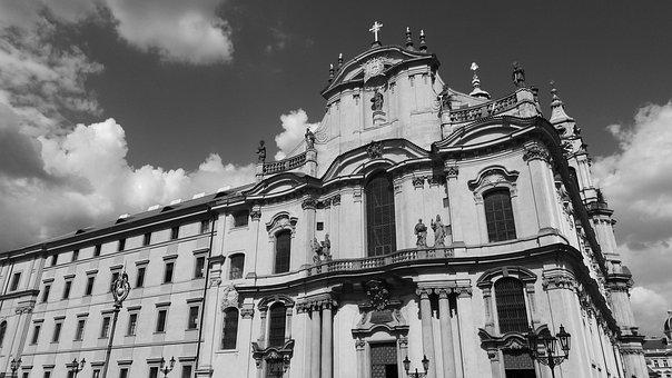 Prague, The Church Of St Nicholas