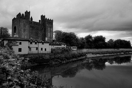 Castle, Ireland, Twilight