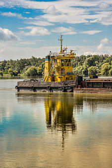 Pusher, Tug, River, Boat, Danube, Water, Boating, Barge