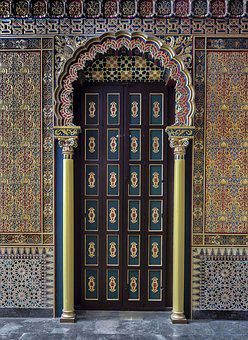 Door Old, Style Arabesque, Carved Wood, Trim