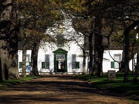 Groot Constantia Wine Estate, Cape Dutch Architecture