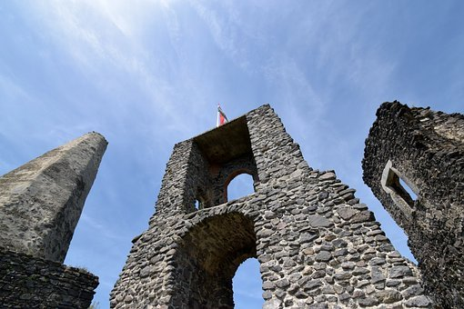 Castle, Rom, Middle Ages, Tower, Wall, Clouds