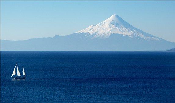 Lake Llanquihue, Chile, Osorno, Puerto Varas, Lake