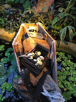 Halloween, Coffin, Spooky, October, Garden, Decor