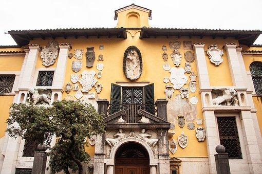 Old Villa, Residence, Vittoriale Italiani, Museum