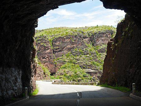 Daluis Gorges, Tunnel Exit, Red Rocks, Rock Of Layer Of