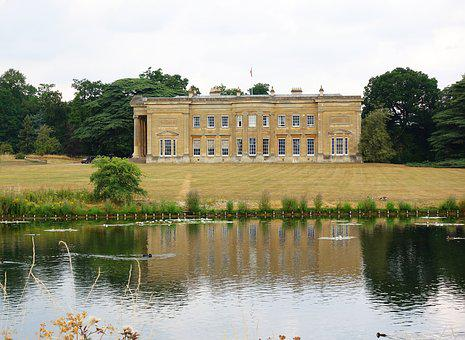 Spetchley Hall, Mansion House, Spetchley Park, Lawn