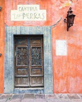 San Miguel De Allende, Door, Mexico