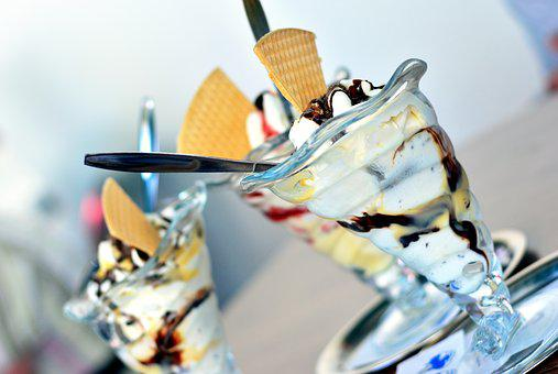 Ice Cream Sundae, Ice Cream, Ice Cream Parlour, Eiscafe