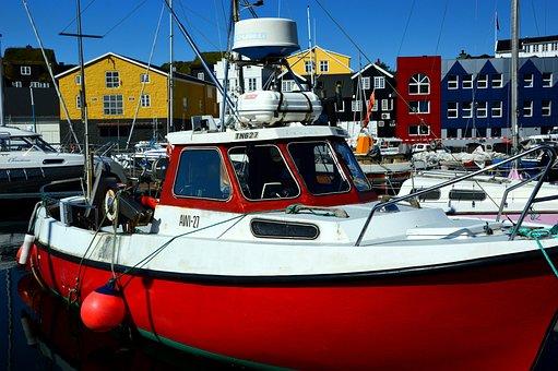 Boat, Port, Homes, Row Of Houses, Torshavn