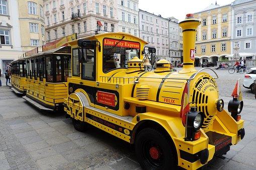 Austria, Upper Austria, Linz, Hauptplatz, City Express