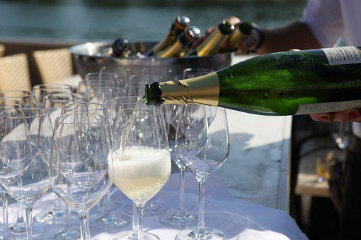 Cremant, Summer Party, Champagne Glass, Serve