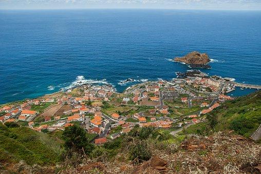 Madeira, Porto Moniz, Village, Atlantic