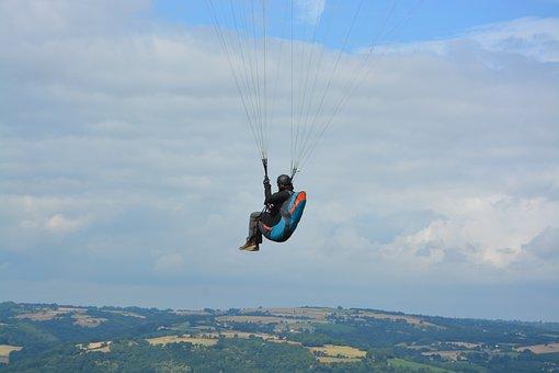 Paragliding, Paragliding-paraglider, Harnesses