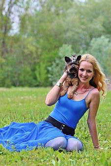 Smile, Yorkie, Dogs, Blonde Woman, Lie, Beauty, Dream