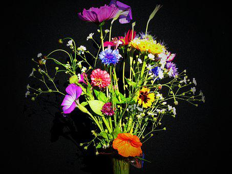 Birthday Bouquet, Wildflowers, Pointed Bouquet