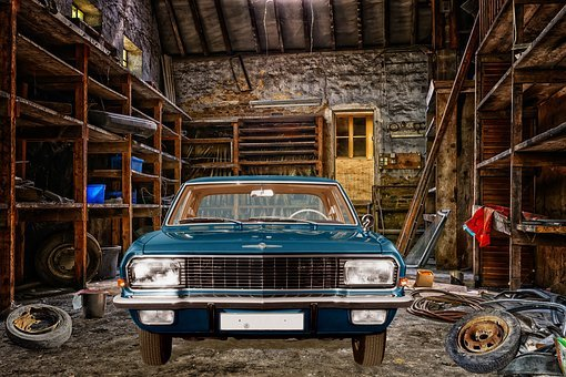 Opel Diplomat, V8, Old Workshop, Lost Places, Workshop