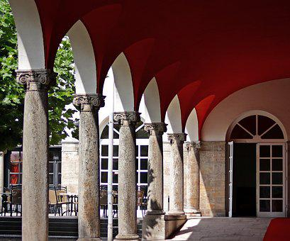Arcade, Red Carpet, Hotel, Restaurant, Cafe