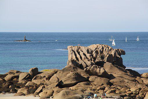 Brittany, Pink Granite Coast, Side Of Armor, Trégastel