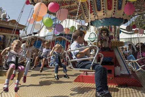 Children, Balloon, Kettenkarusell, Folk Festival