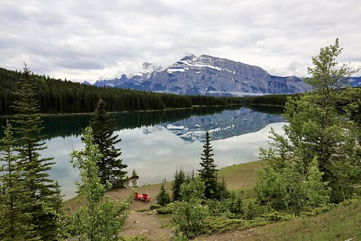 Two Jack Lake, Banff, National Park, Canada