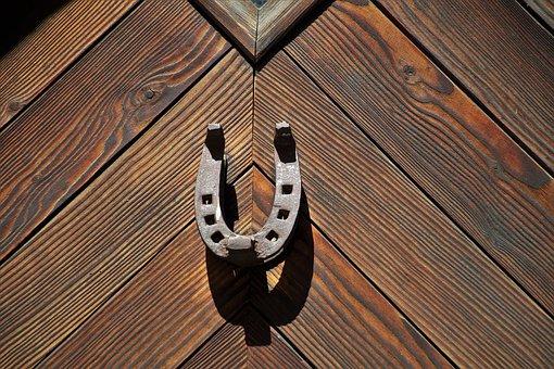 Horseshoe, The Door, Entrance, Closed, Blocked, Rust