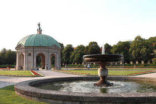 Park, Courtyard Garden, Munich, Fountain, Waters