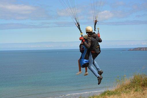Paragliding, Paraglider