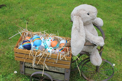 Eggs, Dyed, Rabbit, Nesting Material, Straw