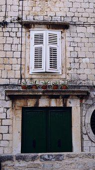 Window, The Door, The Old Town, Old Town, Door