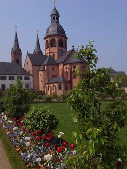 Monastery Garden, Seligenstadt, Benedictine Abbey