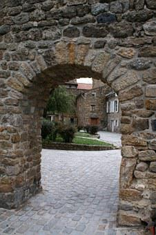 Old House France, Stone Walls, Courtyard