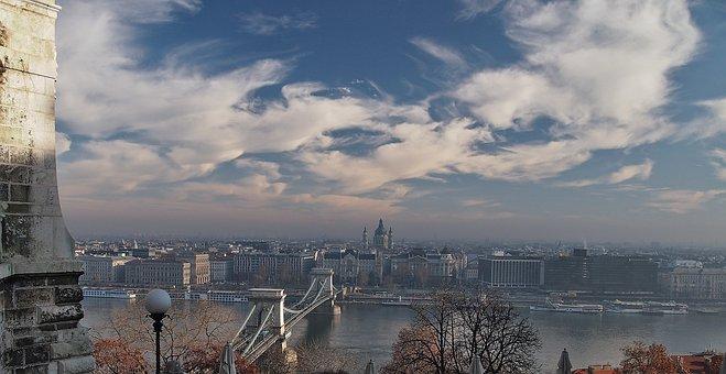 Budapest Smog, Chain Bridge, Hungary, River Bank, Sky