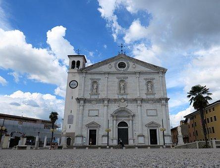 Dogendom, Church, Palma Nova, Italy, Steeple