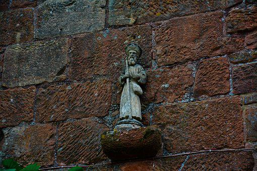 Collonges Red, Status, God, Red Wall