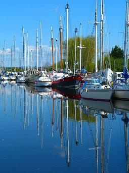 Exeter, Canal, Reflections, Yachts, Boats, Water, Walk