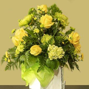 Yellow Rose, Flower Arrangement, Spray Chrysanthemums