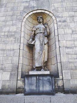 Sculpture, Palace Of Culture