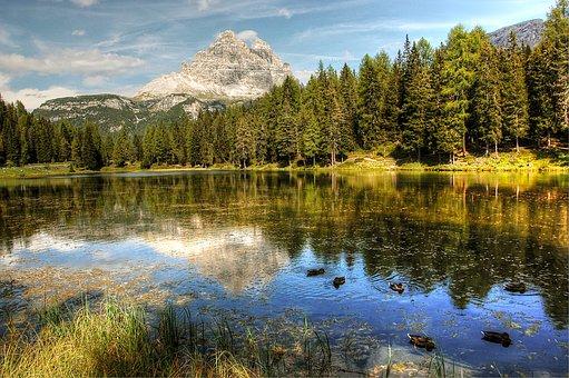 Three Zinnen, Lago Antorno, Dolomites, Landscape