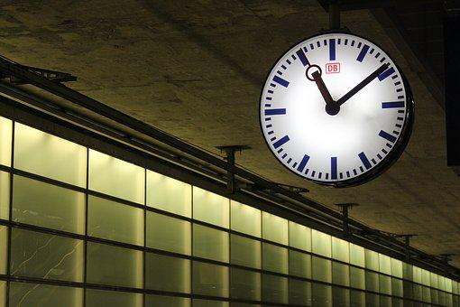Deutsche Bahn, Delay, Railway Station, Station Clock