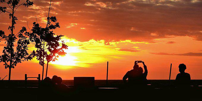 Sunset, People Doing Pictures, A Pair Of Lovers, Sea