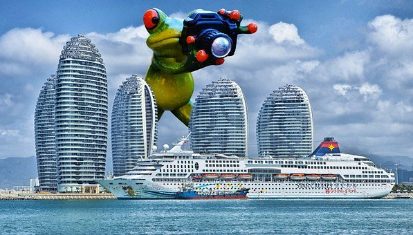 Frog, Photographer, Giant, Funny, Cruise Ship, Ship
